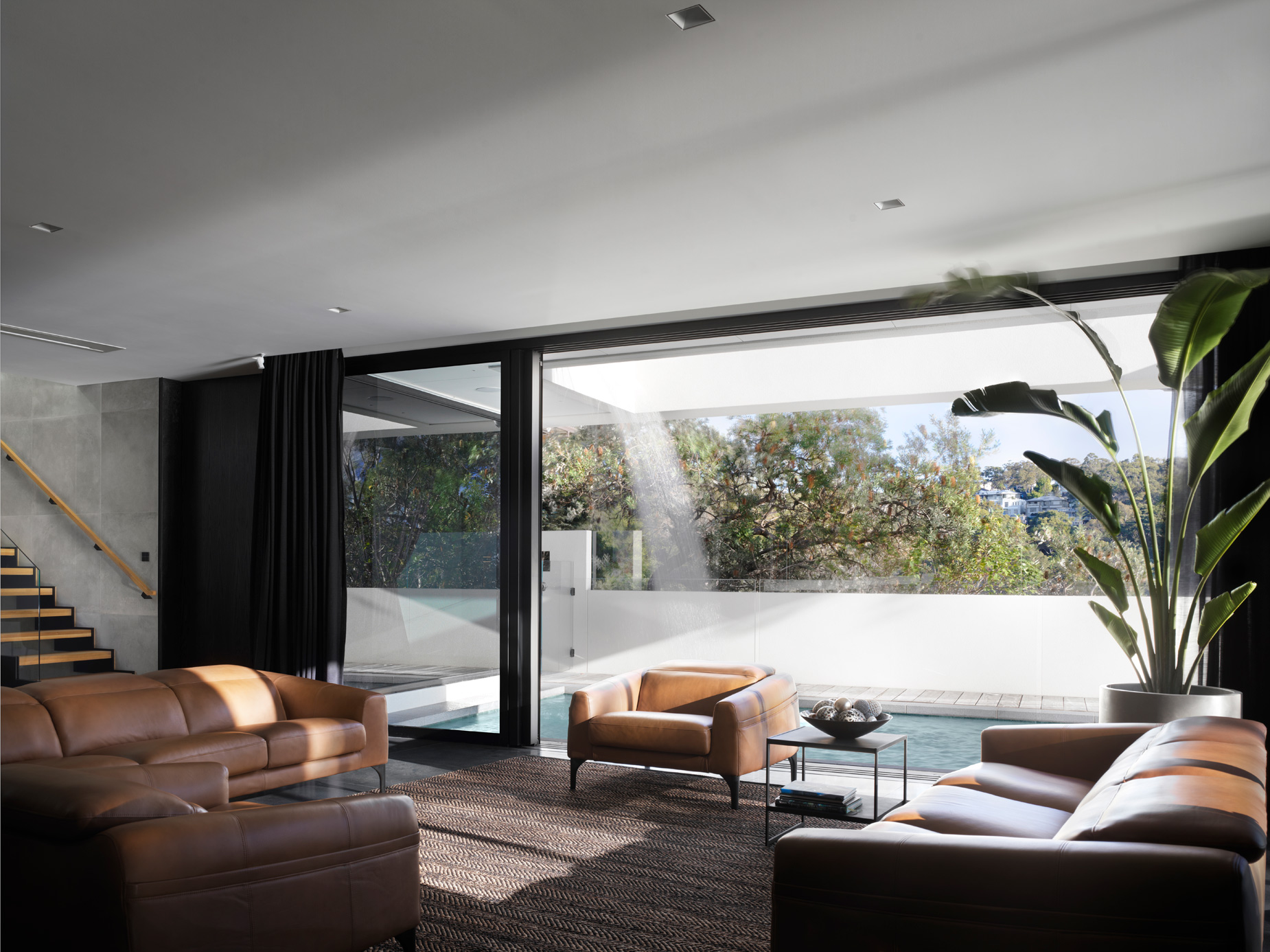 luke-butterly-2020-Oyster-Bay-House-by-Couvaras-Architecture-Sydney-NSW-14
