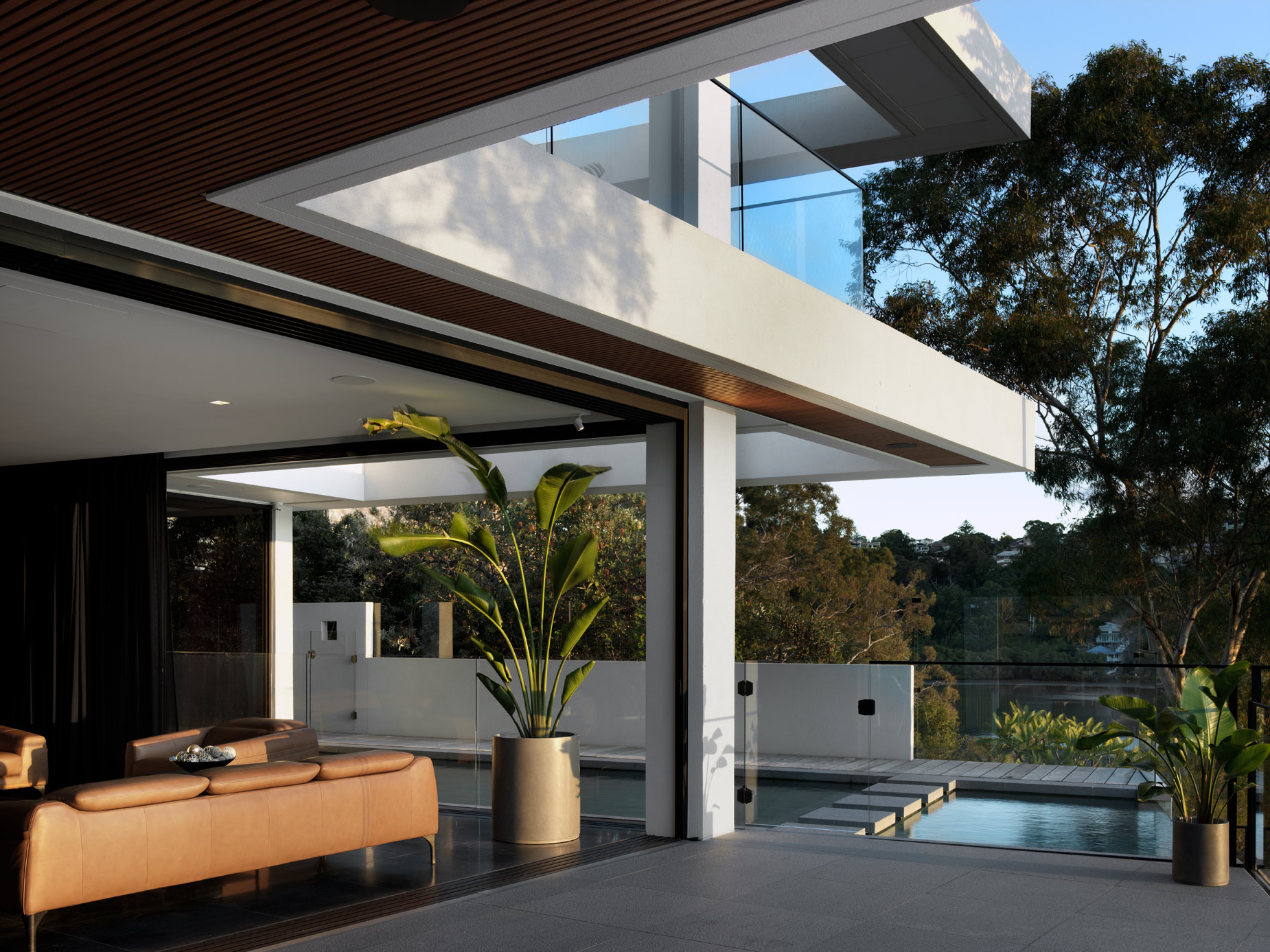 luke-butterly-2020-Oyster-Bay-House-by-Couvaras-Architecture-Sydney-NSW-41