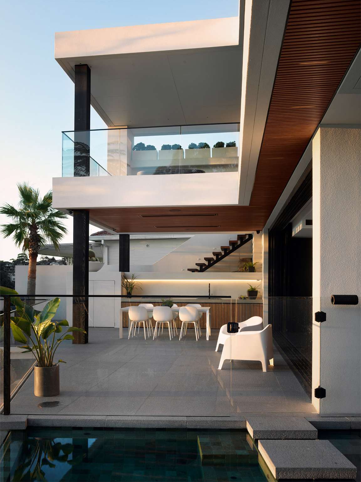 luke-butterly-2020-Oyster-Bay-House-by-Couvaras-Architecture-Sydney-NSW-42