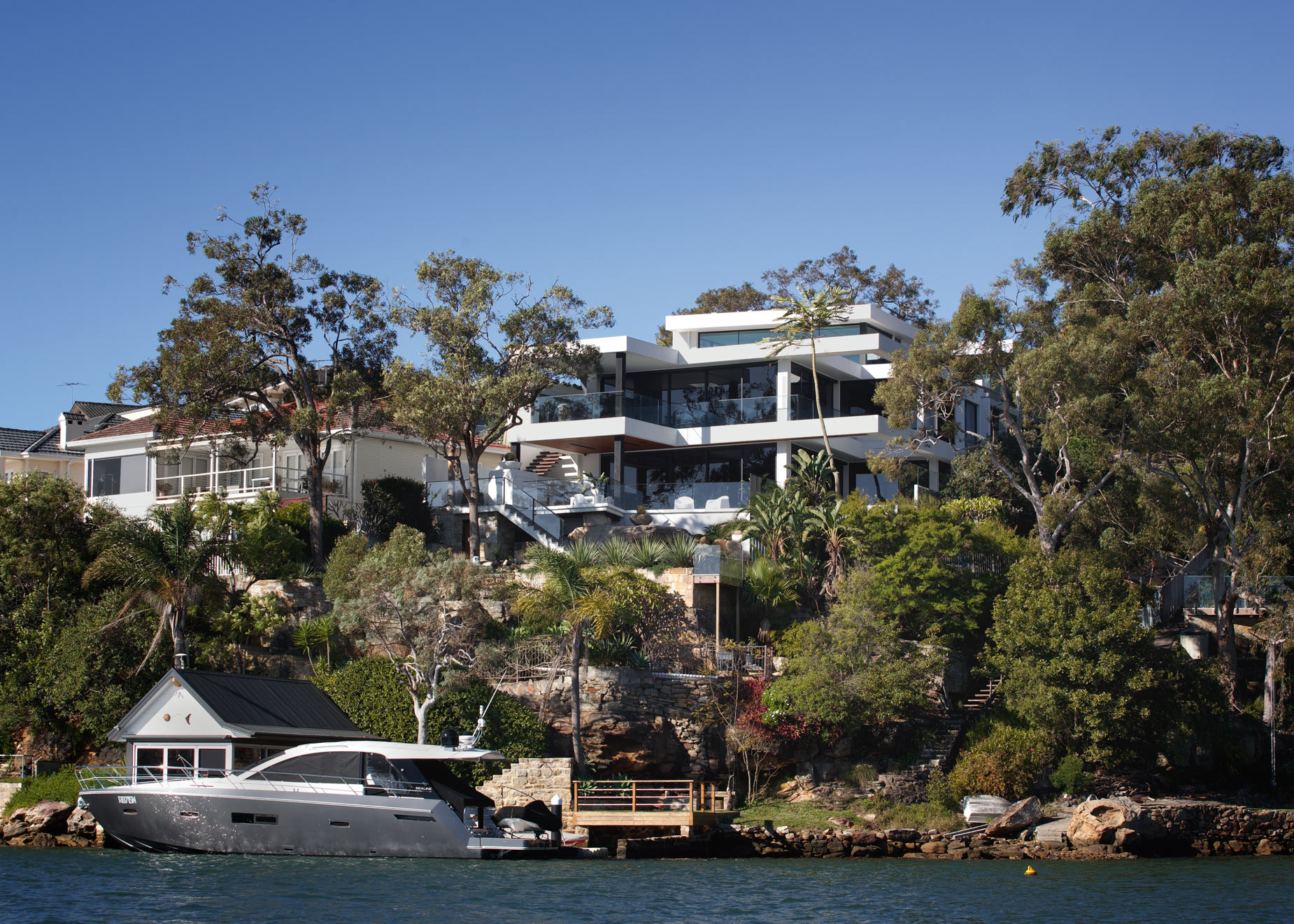 luke-butterly-2020-Oyster-Bay-House-by-Couvaras-Architecture-Sydney-NSW-61